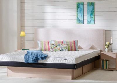 Wasserbett mit neuer Rahmentechnik