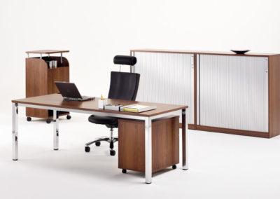 Schreibtisch Nussbaum by famos