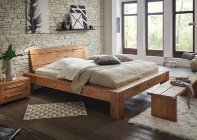 Bett in Wildeiche