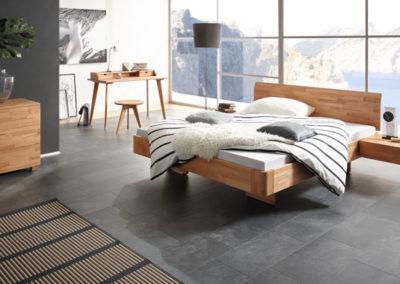 Doppelbett aus Buche