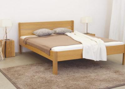 Doppelbett mit runden Ecken